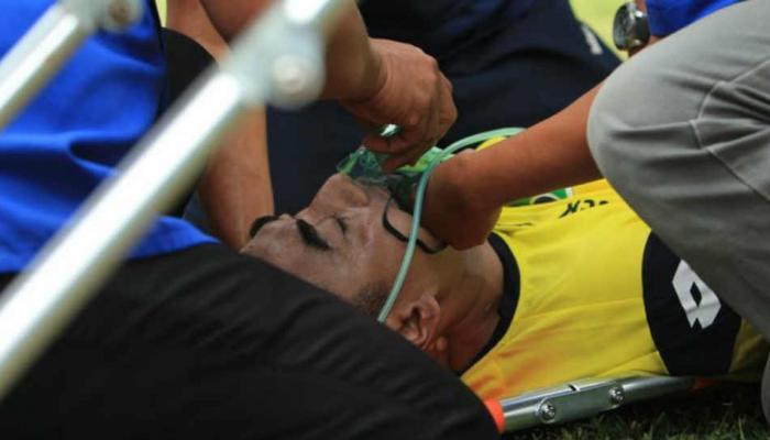 VIDEO: फुटबॉल मॅचमध्ये खेळाडूंमध्ये टक्कर, गोलकिपरचा मृत्यू