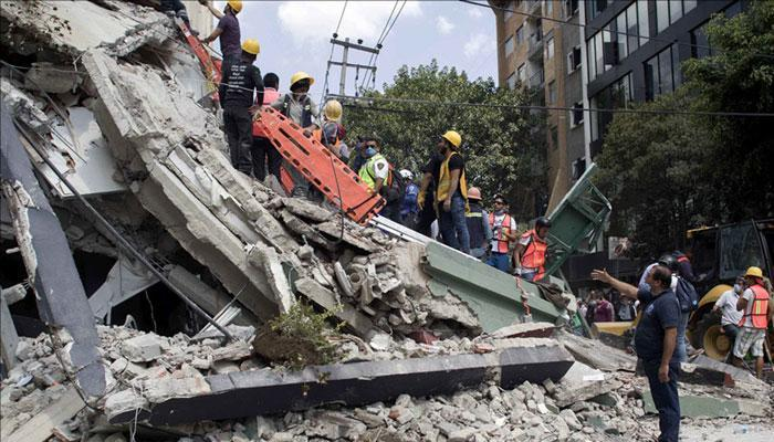 भूकंपाने मेक्सिको हादरलं
