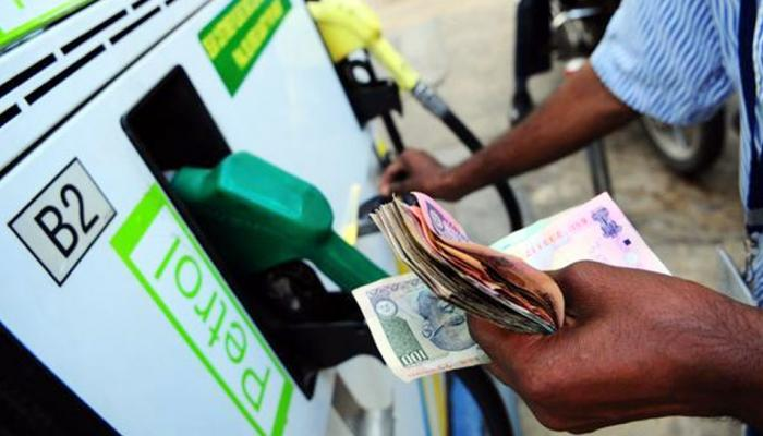 ...तर भारतात २५० रुपये लिटर मिळणार पेट्रोल, दोन देशांमुळे होणार असं!