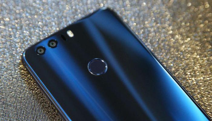 Honorच्या या जबरदस्त स्मार्टफोनच्या किंमतीत कपात