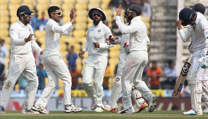 भारत वि. श्रीलंका २०१७ :  दुसरी कसोटी, पहिला दिवस