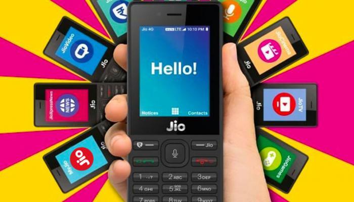 घरबसल्या करा  'जिओ फोन'ची बुकिंग