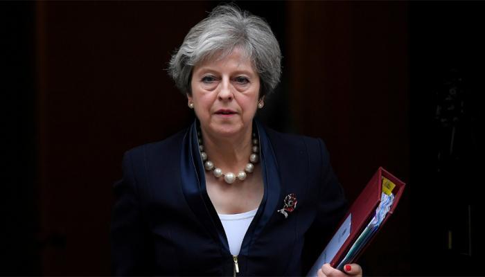 इंग्लंड: पंतप्रधान थेरेसा मे यांच्या हत्येचा कट उधळला; दोघांना अटक