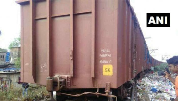 मालगाडीचा डबा घसरला, मध्य रेल्वेची वाहतूक विस्कळीत
