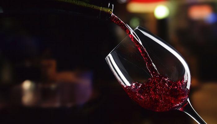 वाईन  खराब झाल्याचे कसे ओळखाल  ?
