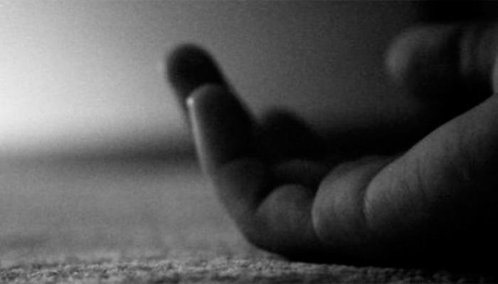 परिक्षेला बसू न दिल्याने ९ वी तील विद्यार्थींनीची आत्महत्या....