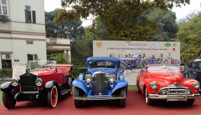 दिल्लीत अवतरल्या जगभरातल्या विंटेज कार!