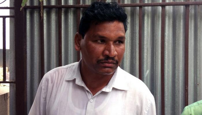 मुंबईत मंत्रालयासमोर तरुणाचा आत्महत्येचा प्रयत्न
