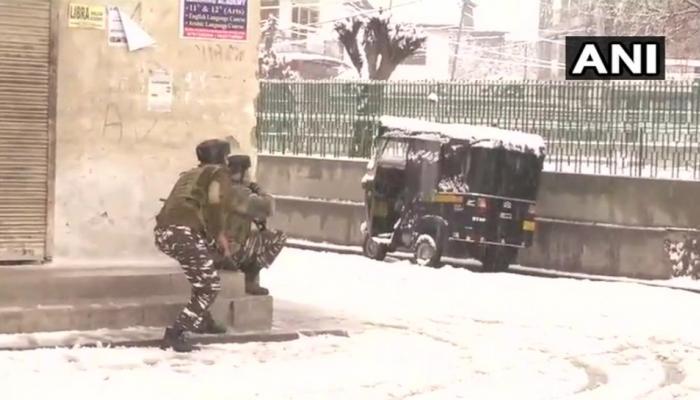 गेल्या ७२ तासात दुसरा दहशतवादी हल्ला, १ जवान शहीद
