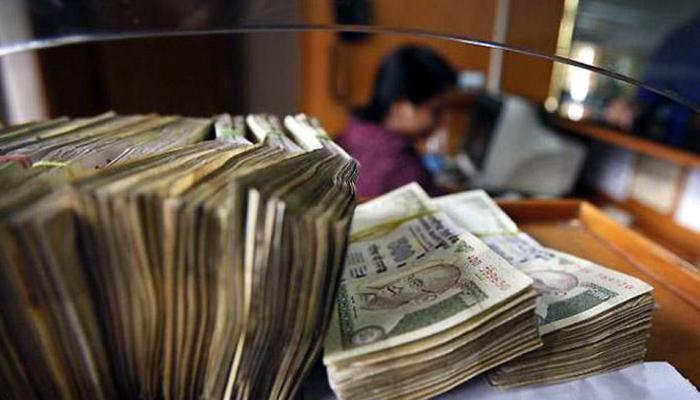 नोटबंदीचा मोठा  फटका, सांगलीसह ८ जिल्हा बँकांचे ११२ कोटी बुडीत