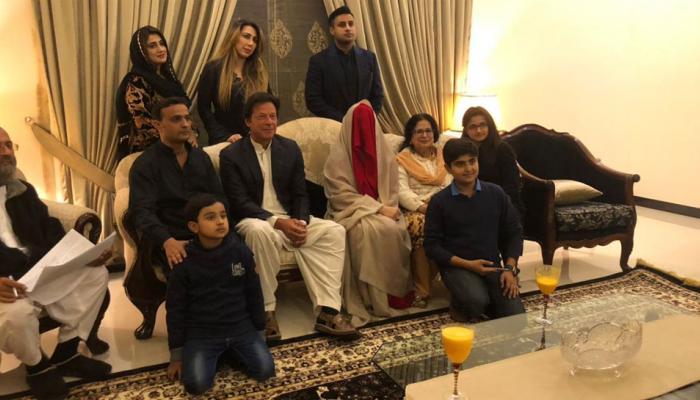 पाकिस्तानच्या माजी खेळाडूने ६८ व्यावर्षी केलं तिसर लग्न