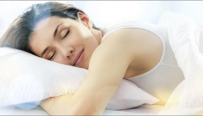 World Sleep Day- कोणत्या वयात किती झोपेची गरज?