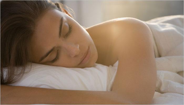 एकदा झोपमोड झाल्यावर पुन्हा झोप लागत नाही...करा हा उपाय