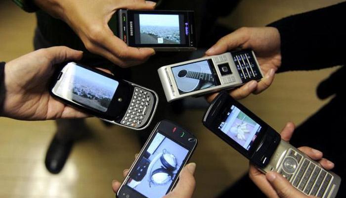 JIO, वोडाफोन, एअरटेल आणि आयडियाच्या या प्लानमध्ये मिळतोय दररोज 1GB डेटा
