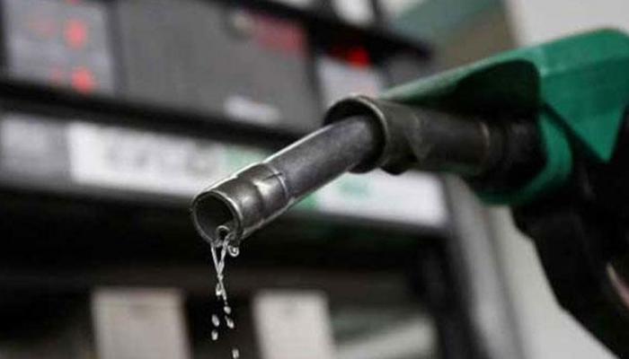 इथं पेट्रोल केवळ ६५ पैसे लिटर, जाणून घ्या काय आहे कारण...