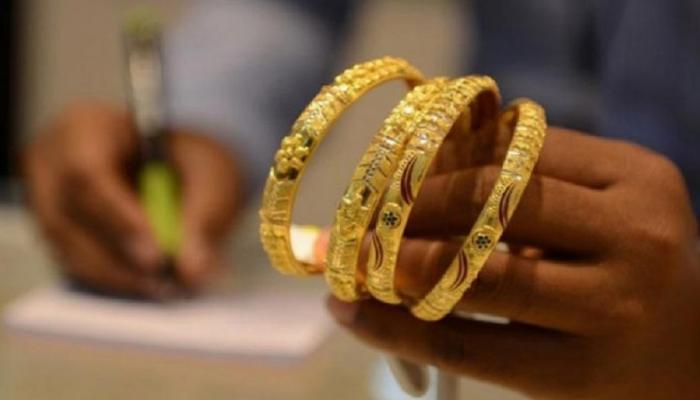 सोने खरेदीची सुवर्णसंधी, १ रुपयांत खरेदी करा २४ कॅरेट सोने