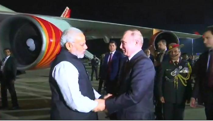 पंतप्रधान मोदींना एअरपोर्टवर सोडण्यासाठी आले रशियाचे राष्ट्राध्यक्ष