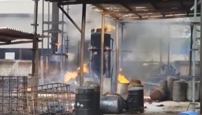 महाड एमआयडीसीत रसायन कंपनीला भीषण आग