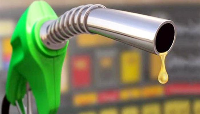 खुशखबर : ११ रुपयांपर्यंत पेट्रोल स्वस्त होण्याची शक्यता