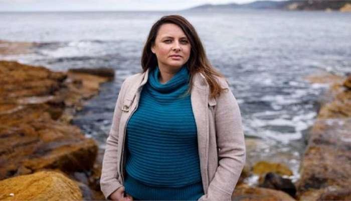महिला कर्मचाऱ्याकडून गर्भपातासंबंधी ट्विट; कंपनीने दिली शिक्षा