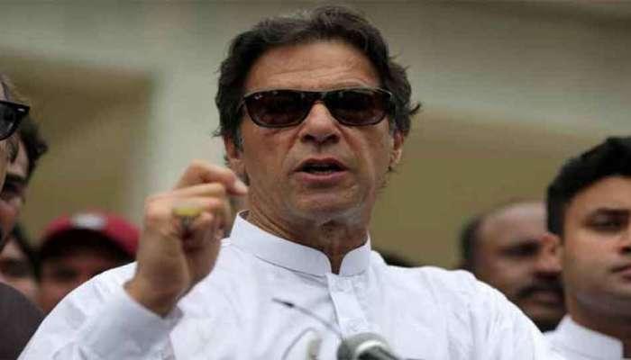 पाकिस्तान : इम्रान खानची लेखी माफी, पंतप्रधान बनण्याचा मार्ग मोकळा