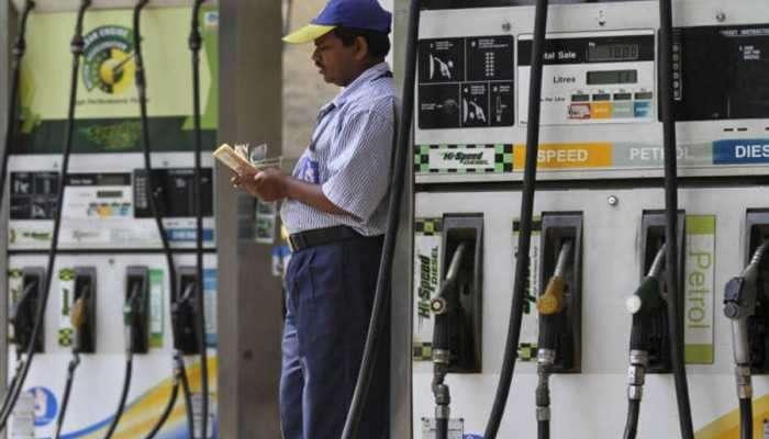 राजस्थानमध्ये पेट्रोल-डिझेलवरचा व्हॅट ४ टक्क्यांनी कमी