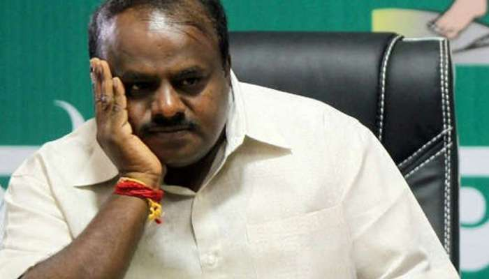 कर्नाटकमधील सरकार पडणार, 22 आमदार भाजपच्या संपर्कात ?