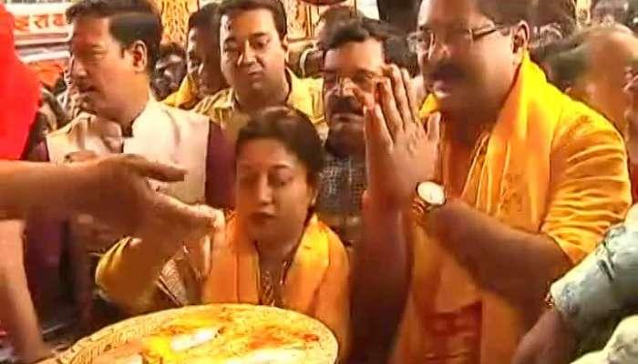 Pune Aadesh Bandekar At Dagdusheth Halwai Ganpati