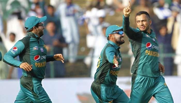 खेळाडूच नाही तर पाकिस्तान क्रिकेट बोर्डालाही येत नाही इंग्रजी!