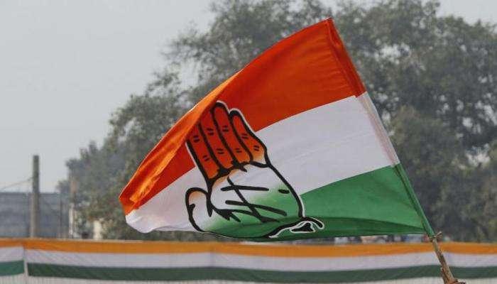 मुंबई काँग्रेसच्या अंतर्गत राजकारणाचा पहिला बळी; 'या' माजी खासदारावर पक्षाची कारवाई