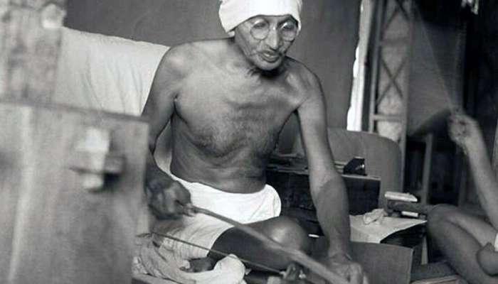 पंढरपुरातून महात्मा गांधी यांच्या चपलांची चोरी