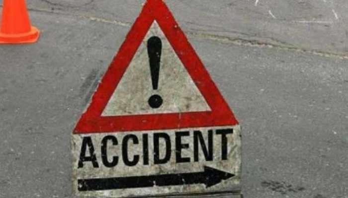 नाशिकमध्ये भीषण अपघात; गाडीने पाच जणांना उडवले