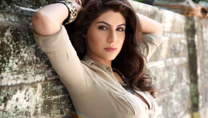 #MeToo : सेक्रेड गेम्समधील अभिनेत्रीचा  दिग्दर्शकावर आरोप