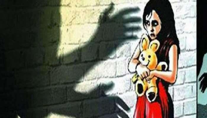 बायको माहेरी गेल्यानंतर मुलीची बलात्कार करुन हत्या