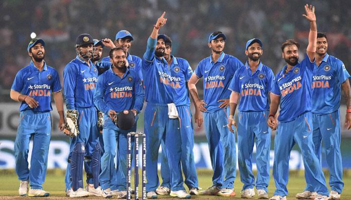 टीम इंडियाच्या कोचपदासाठी सोमवारी मुलाखत