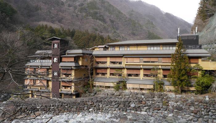 अबब!!! जगातील सर्वात जूने हॉटेल हे इसवी सन ७०५ मधले